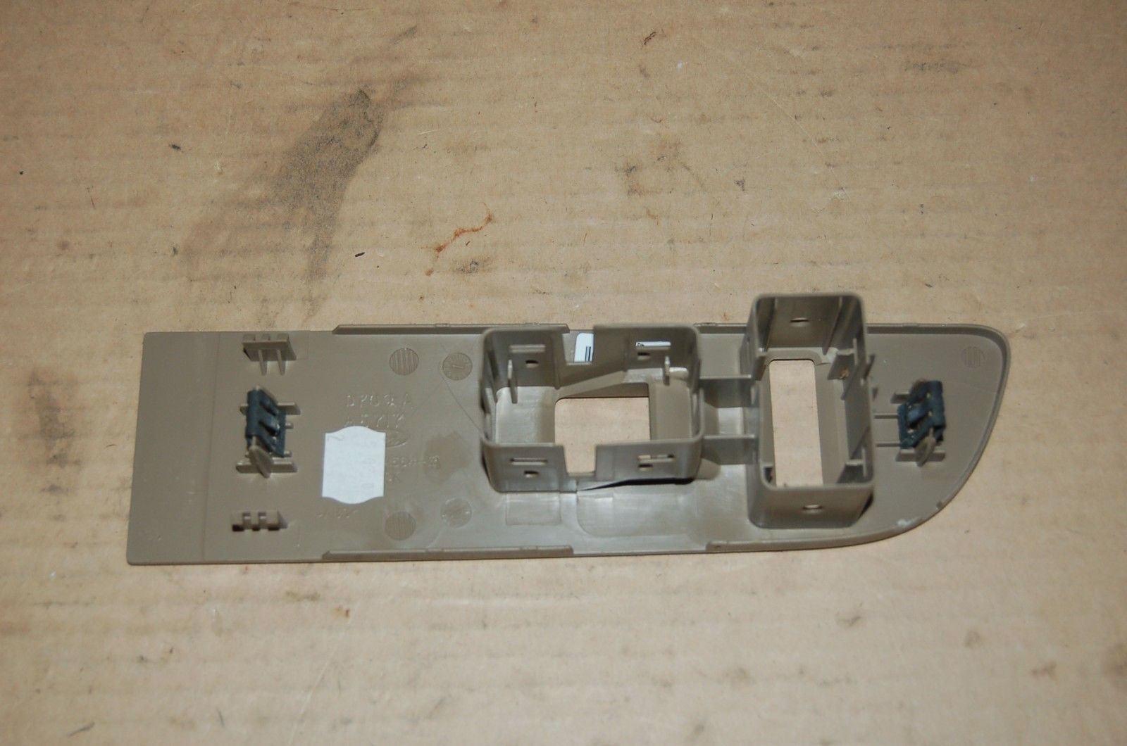 11,12,13,14, Ford F-150 right front door switch bezel #9L3Z14528EA OEM